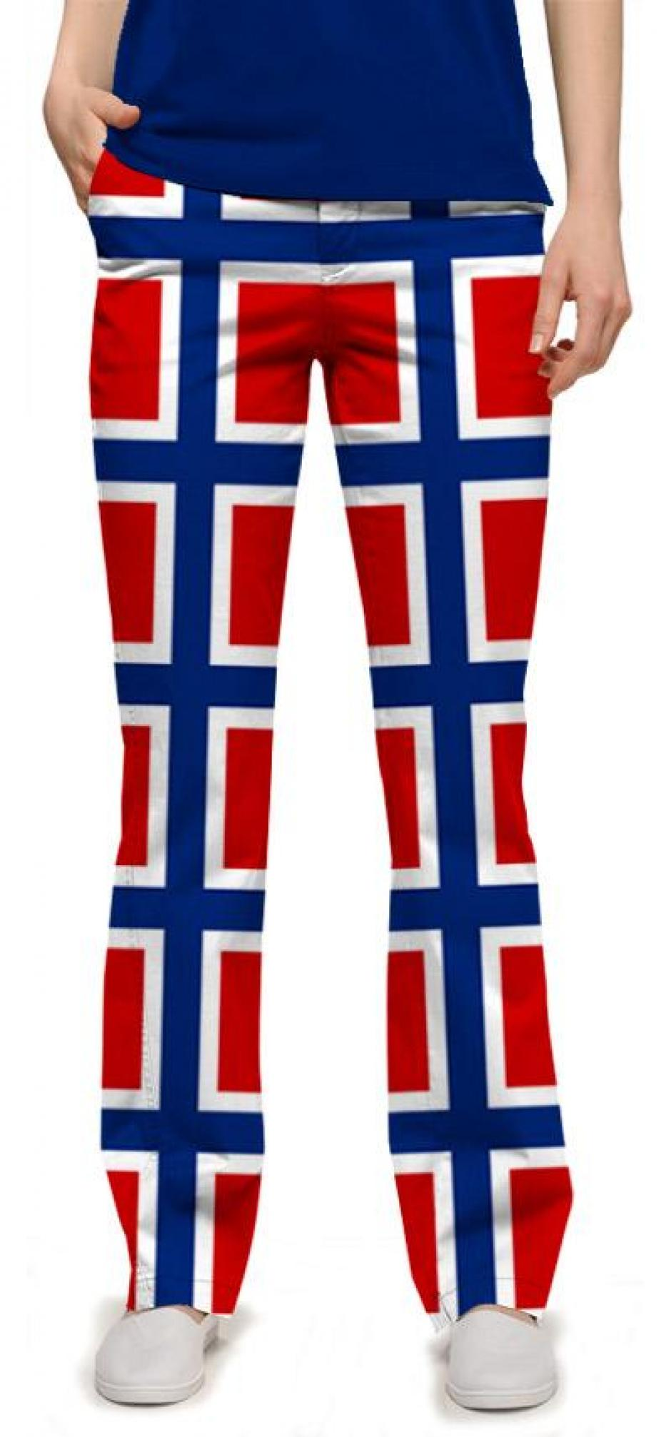 El pantalón que vestirán las atletas será similar al de los varones. Está inspirado en la bandera noruega. Foto Loudmouth Clothing. Foto Loudomouth Clothing