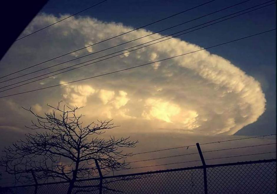 Un experto explicó que esto ocurre cuando se presentan varios niveles de presión atmosférica. (Foto: Excelsior)