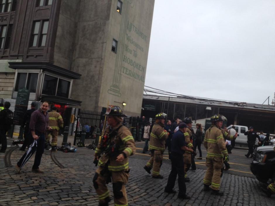 El incidente ocurrió el estación de Hoboken en Nueva Jersey. (Foto: @ChrisPascale6)