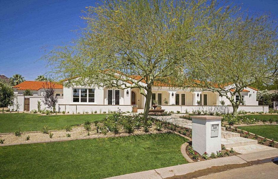 La mansión se estima que costó 2 millones y medio de dólares en Scottsdale, Arizona. (Foto: Infobae)