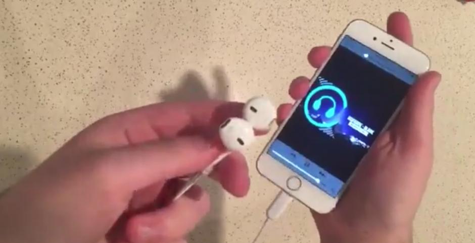 Se rumora que los audífonos se conectarán en el espacio que se usa para recargar el dispositivo. (Foto: The Malignant/witter)