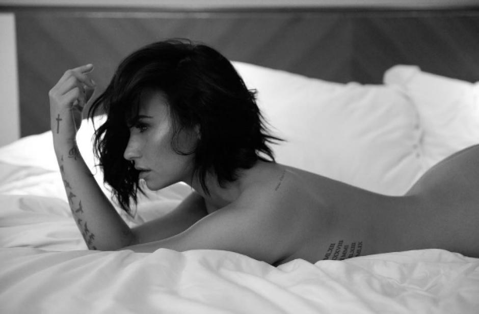 La belleza de Demi Lovato queda plasmada en una fotografías en blanco y negro. (Foto: Demi Lovato/ Instagram)