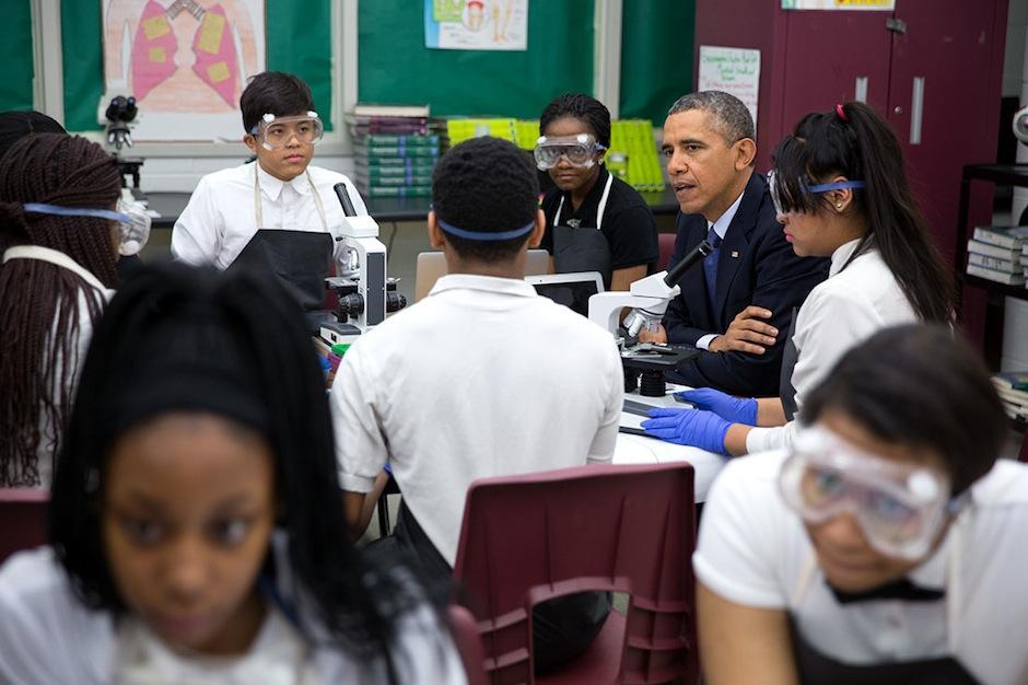 El presidente de Estados Unidos Barack Obama junto a innovadores inician este proyecto. (Foto: