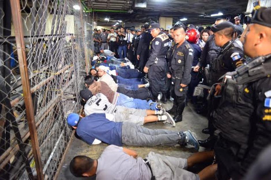 Una balacera en el sótano de la Torre de Tribunales dejó al menos tres reos heridos de gravedad. (Foto: Jesús Alfonso/Soy502)