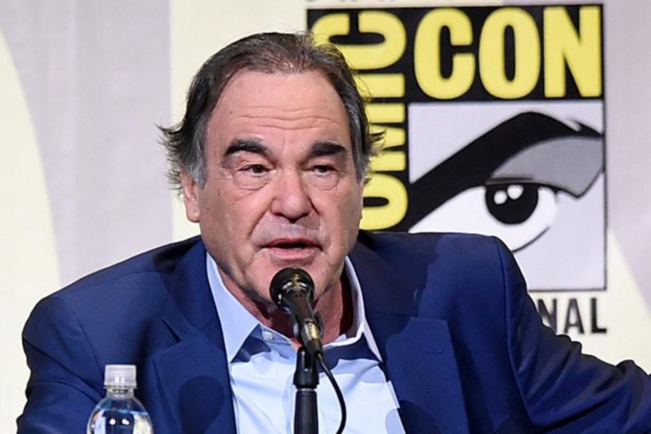 El escritor y director Oliver Stone asiste a un panel durante la Comic-Con International 2016 en San Diego, California. (Foto: Kevin Winter /AFP)