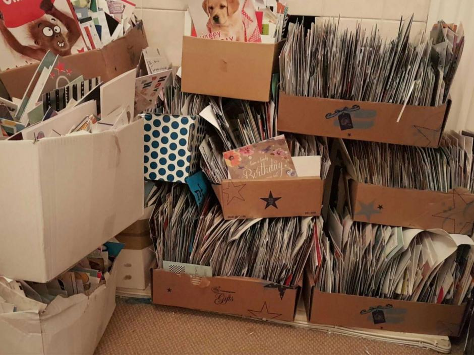 Las tarjetas fueron enviadas por desconocidos. (Foto: independent.co.uk)