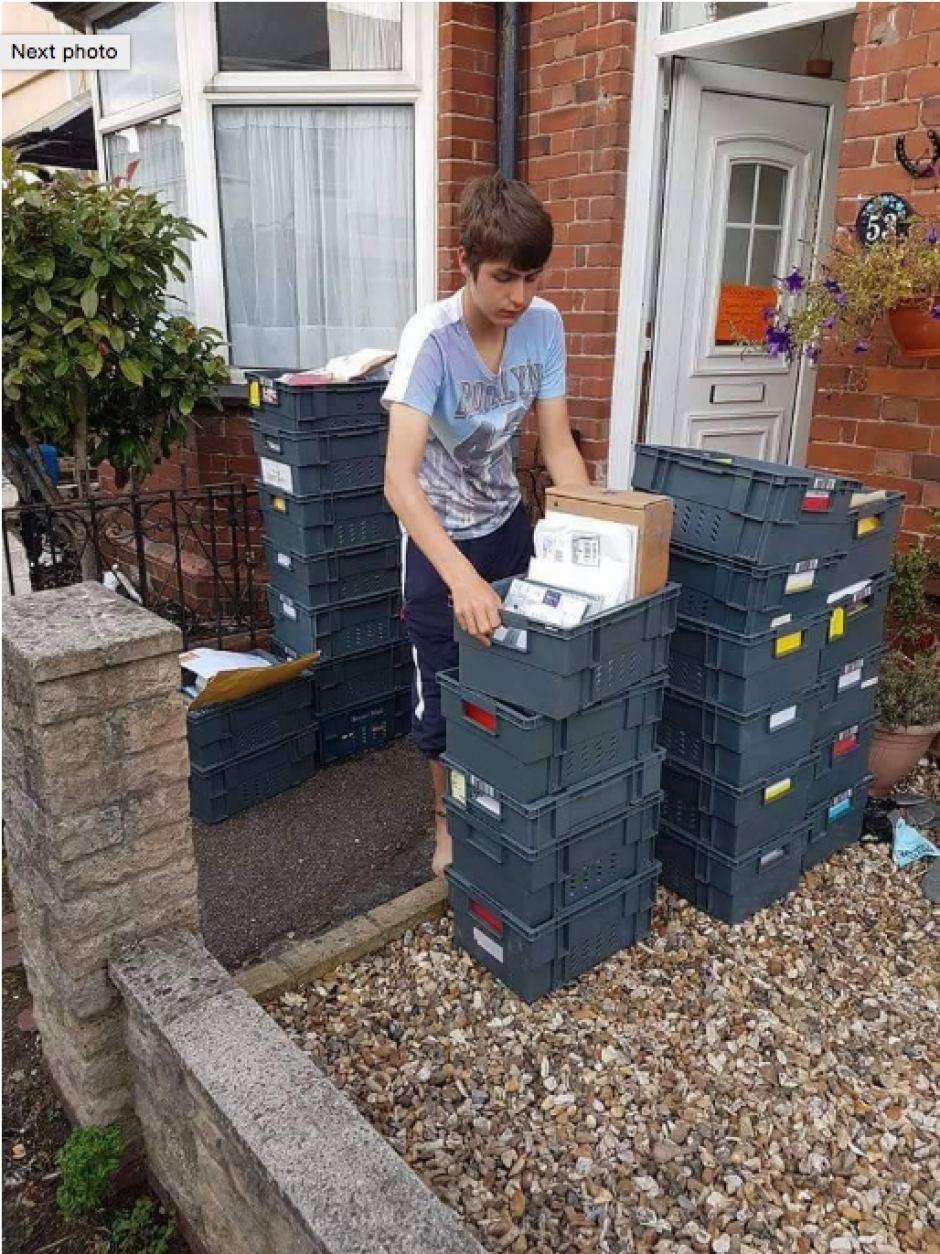 Ollie recibió las tarjetas y regalos por medio del correo. (Foto: independent.co.uk)