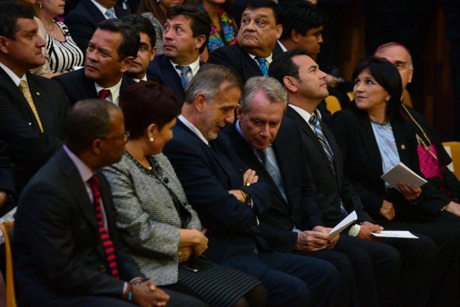 Entre los invitados la fiscal General del MP, Thelma Aldana (izquierda), Iván Velásquez el titular de la CICIG (centro); y Jorge Briz (derecha) presidente del CACIF. (Foto: Wilder López/Sopy502)