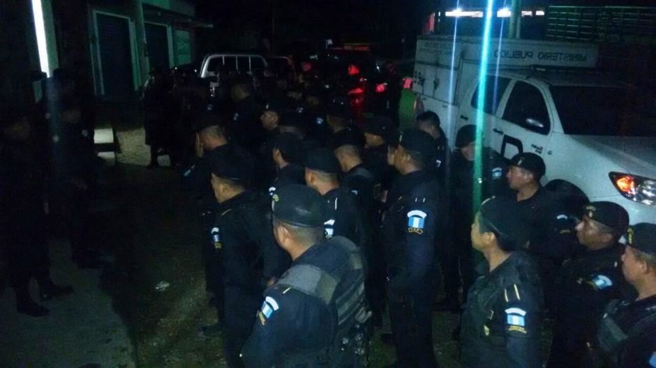 La PNC inició el operativo desde horas de la madrugada. (Foto: PNC)