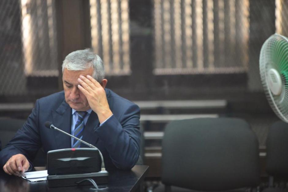 El exgobernante de Guatemala pasó su segundo día en el banquillo de los acusados. (Foto: Jesús Alfonso/Soy502)