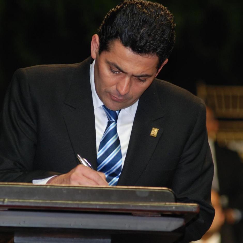 Óscar Chinchilla inició en la política con el PAN. (Foto: Oscar Chinchilla/Facebook)