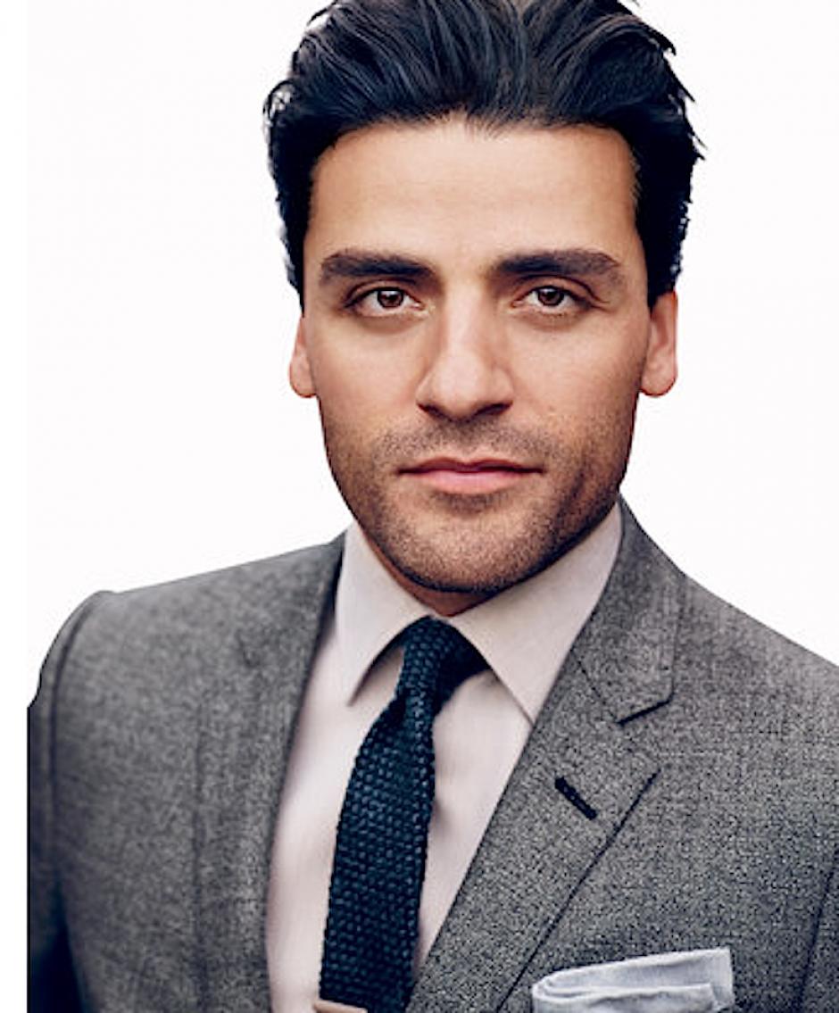 El atractivo de Oscar Isaac se aprecia a simple vista. (Foto: GQ)