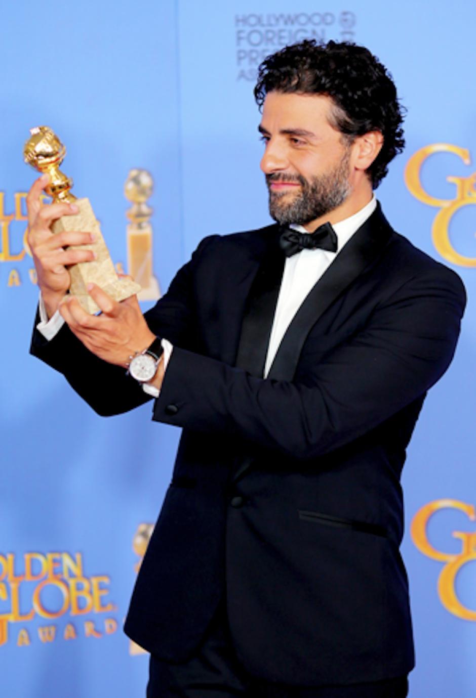 Es la primera vez que un actor de origen guatemalteco exhibe este premio. (Foto: Variety Latino)