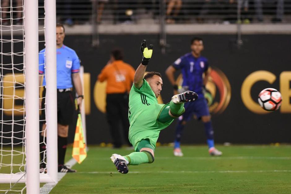 El atajadón de Ospina puso a la selección cafetera en las Semifinales de la Copa América. (Foto: AFP)
