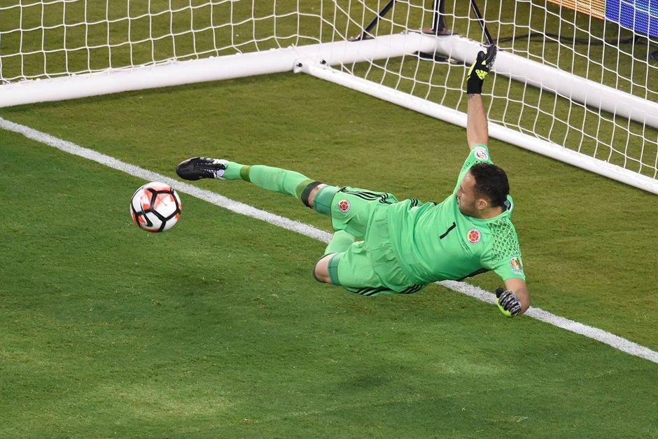 David Ospina se convirtió en el héroe de la Selección de Colombia al atajar un penal. (Foto: El Tiempo)