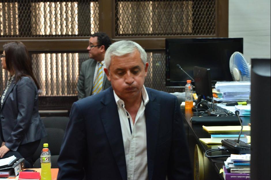 Otto Pérez se mostró cansado durante el séptimo día de audiencia. (Foto: Jesús Alfonso/Soy502)