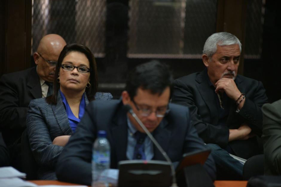 Visiblemente molesto, Otto Pérez dijo al juez que mejor lo juzgara ya porque no hay imparcialidad. (Foto: Wilder López/Soy502)