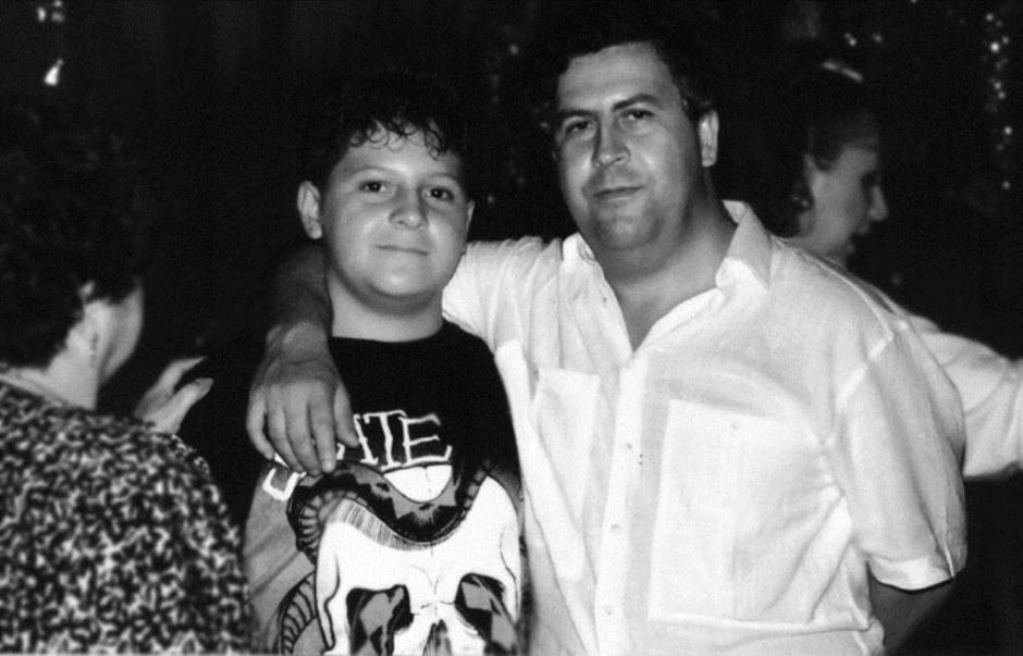 Pablo Escobar y su hijo cuando ya Juan Pablo era un adolescente. (Foto: El Heraldo)