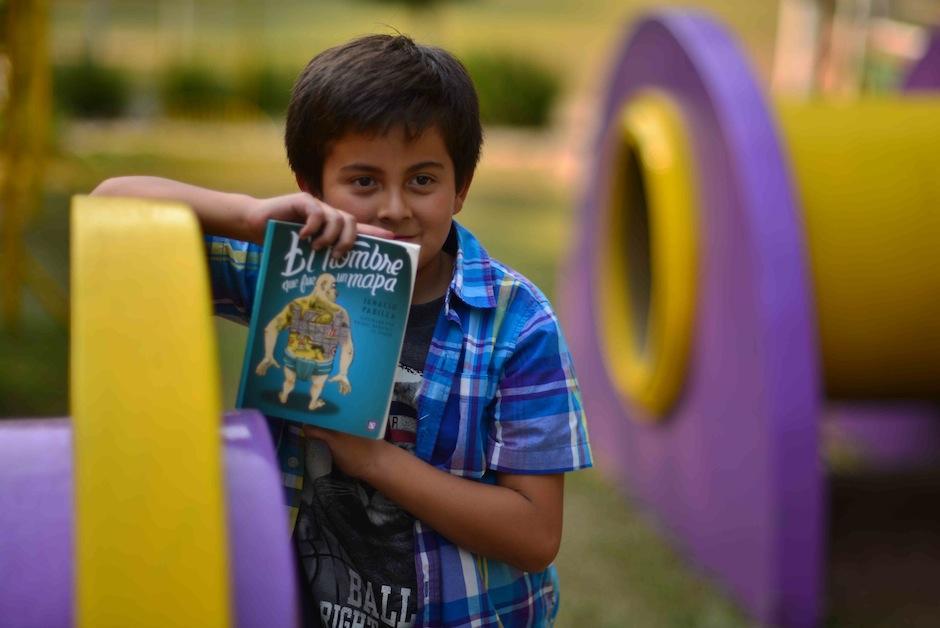Consiste en hacer una reseña en video de un libro. (Foto: Jesús Alfonso/Soy502)