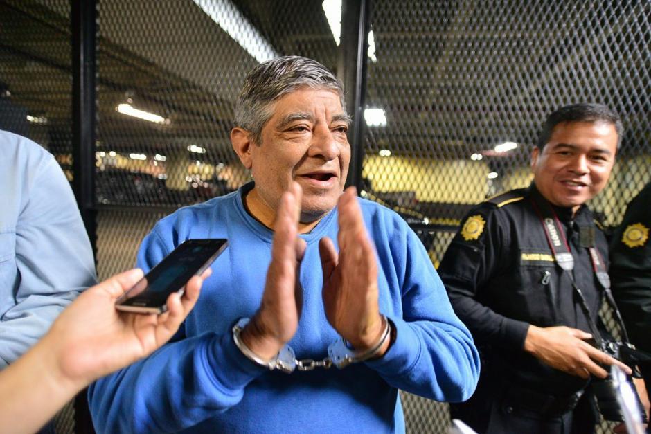 Pablo Roberto Salcedo Mérida de 68 años de edad, al momento de dar declaraciones a los medios de comunicación. (Foto: Wilder López/Soy502)