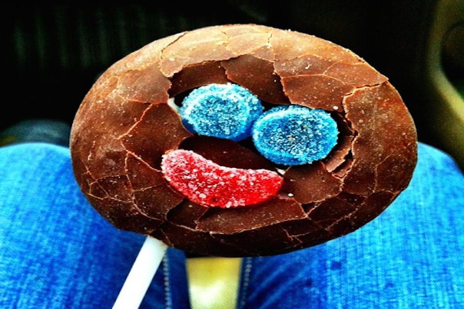 Las Paleta Payaso son de chocolate con gomitas que simulan una carita feliz. (Foto: sabiasquevm.blogspot.com)