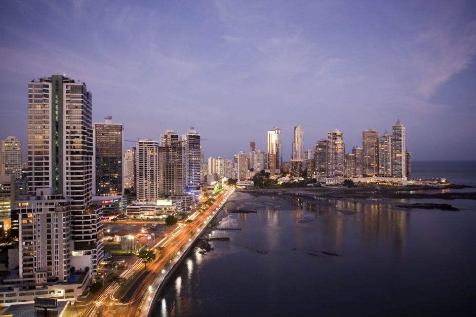 Disfruta de los rascacielos de Panama City. (Foto: Livingcol)1