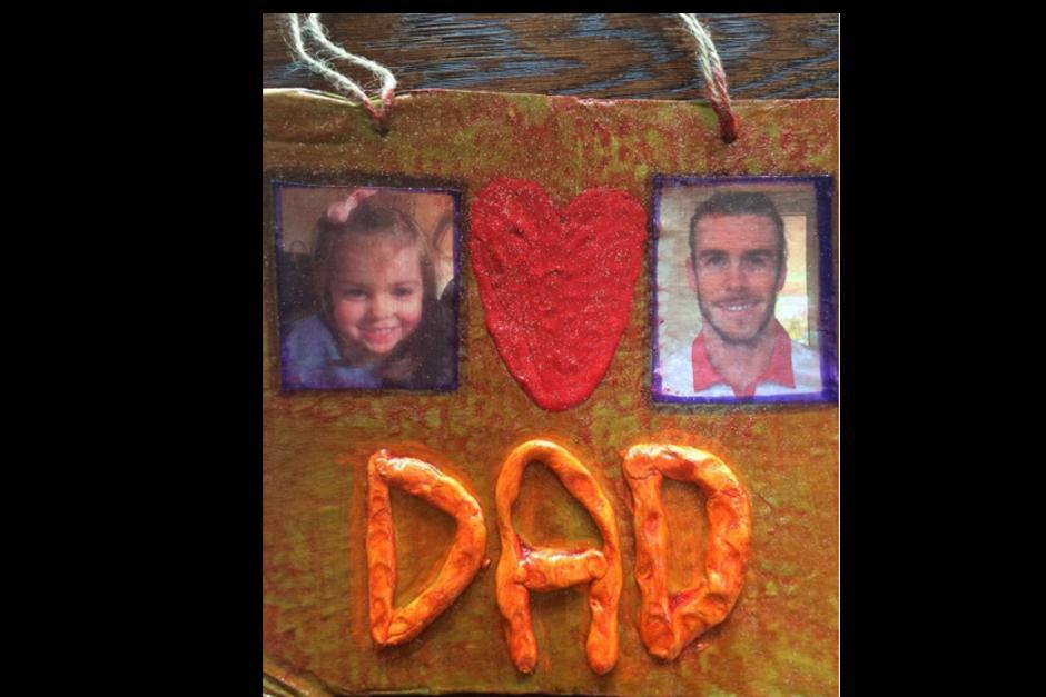 El madridista Gareth Bale también presumió su regalo del día del padre. (Foto: Instagram)