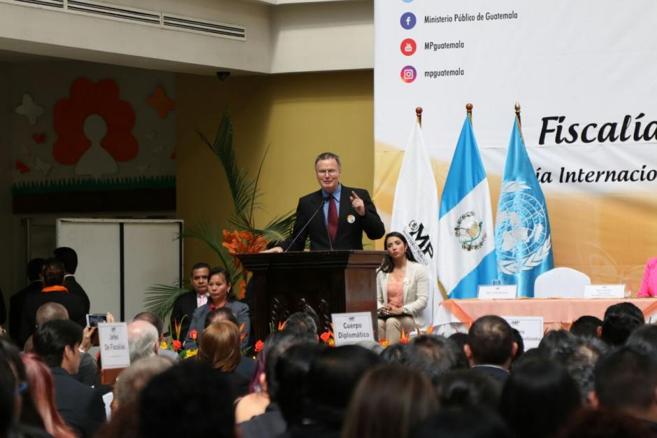 Jorge Velásquez, padre de la joven Claudina asesinada en 2005, fue invitado a la inauguración de la fiscalía contra el Femicidio. (Foto: Alejandro Balán/Soy502)