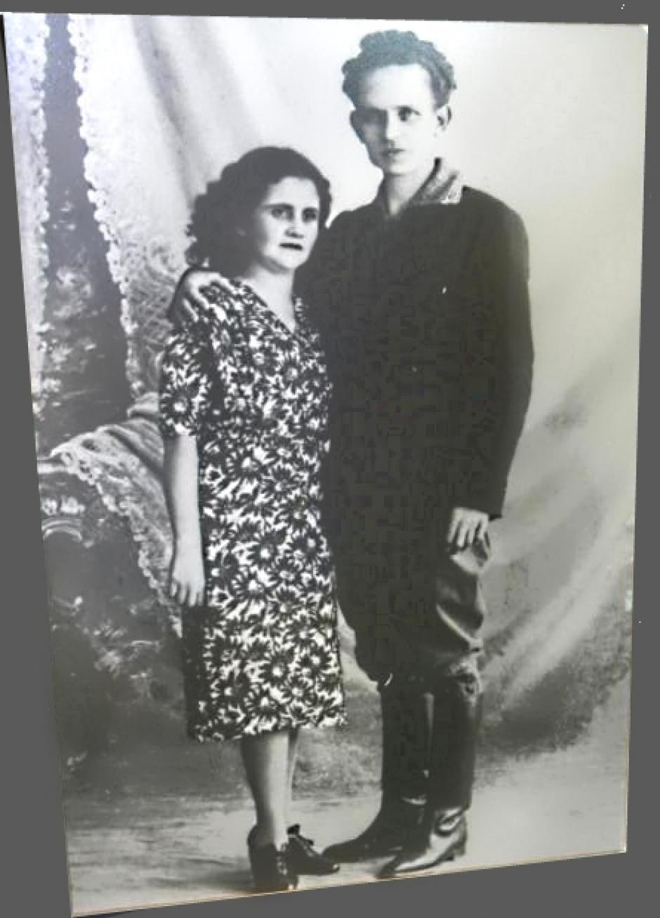 Sus padres fueron María Trinidad Valenzuela MIcheo y José Efraín Recinos Arriaza, de Quetzaletnango. (Foto: efrainrecinos.org)