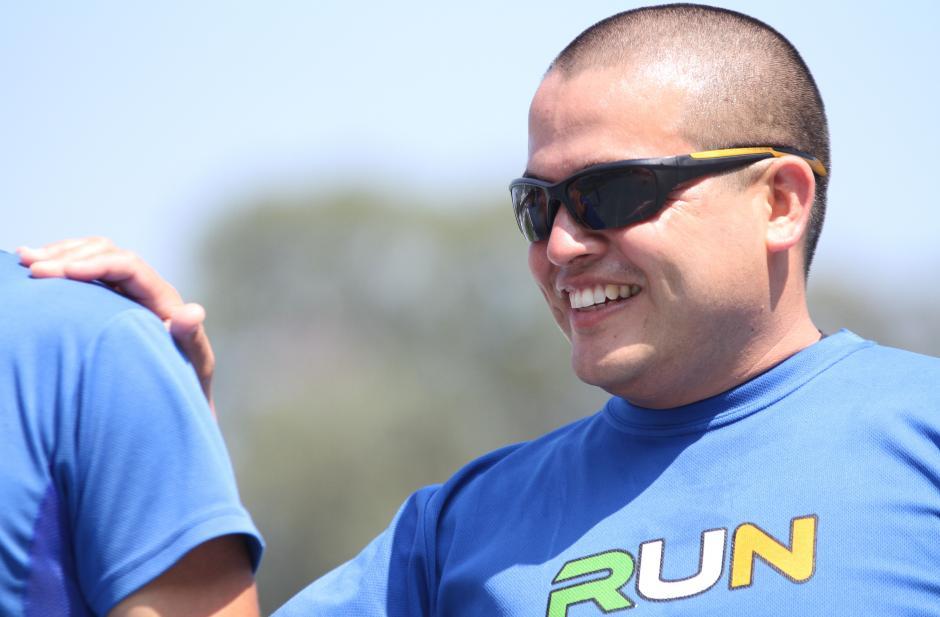 A Brayan Solares puede faltarle todo, menos la sonrisa. (Foto: Luis Barrios/Soy502)