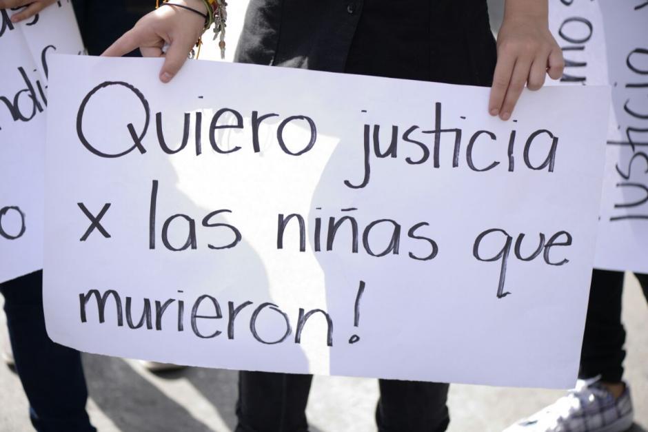 En la tragedia del Hogar Seguro murieron hasta ahora 38 niñas. (Foto: Wilder López/Soy502)
