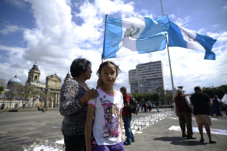 Niñas y mujeres llegaron de nuevo a la Plaza. (Foto: Wilder López/Soy502)