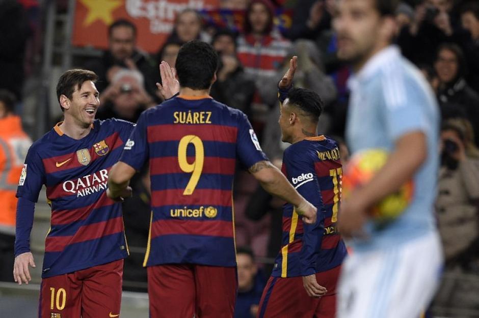 Barcelona sigue de solitario líder en la Liga española. Goleó a Celta y Suárez es el goleador con 23 tantos. (Foto: AFP)