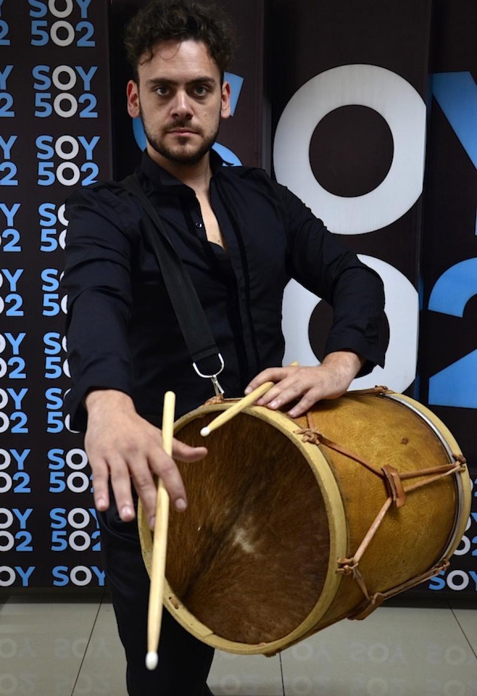 También hay Milonga y duelos de boleadoras y bombos, instrumentos gauchos. (Foto: Selene Mejía/Soy502)