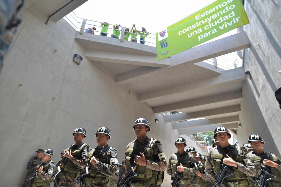 Elementos del Ejército de Guatemala acudieron al acto protocolario. (Foto: Wilder López/Soy502)