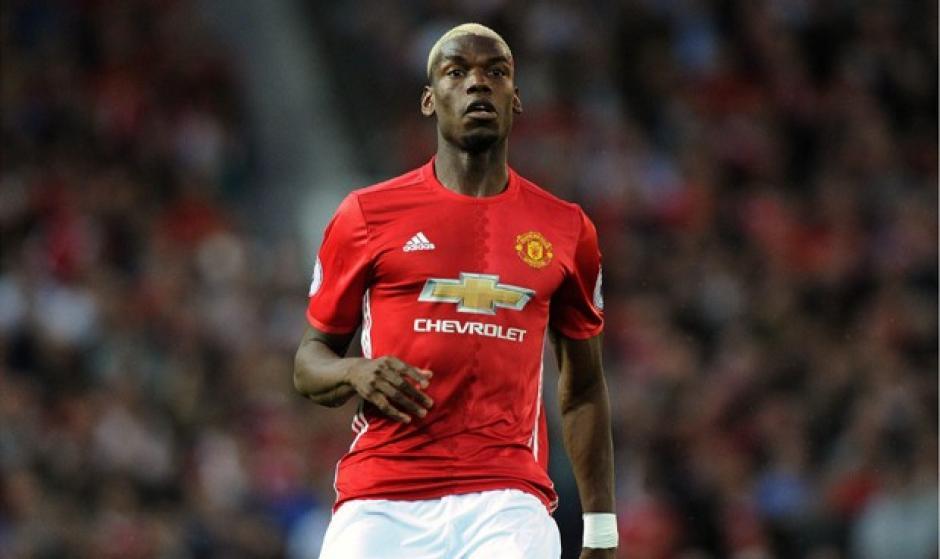 Paul Pogba regresó al Manchester United en agosto con un salario anual de 18.2 millones de dólares. (Foto: Libero)