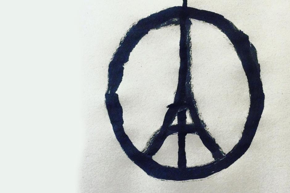 Jean Jullien creó el simbolo de Paz con la torre Eiffel al centro, un grafista francés de 32 años, que vive en Londres.