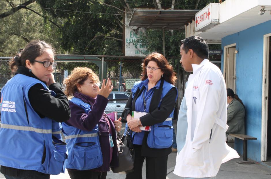 La Defensora de la Salud de la PDH realizó la visita junto con una delegación. (Foto: PDH)