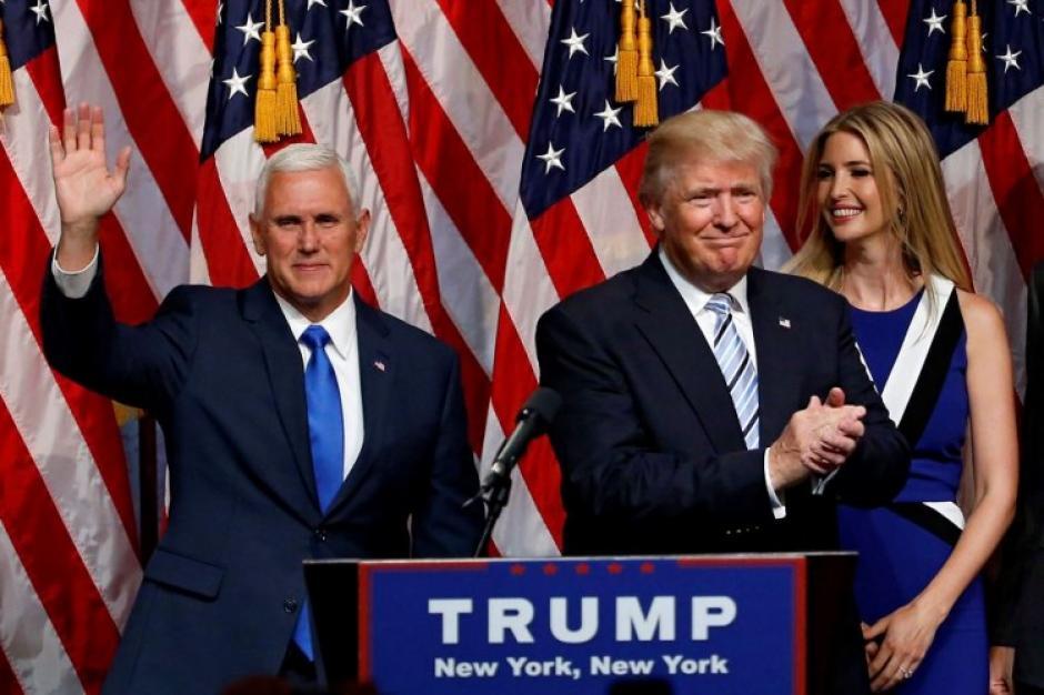 Donald Trump y Mike Pence campaña republicana foto