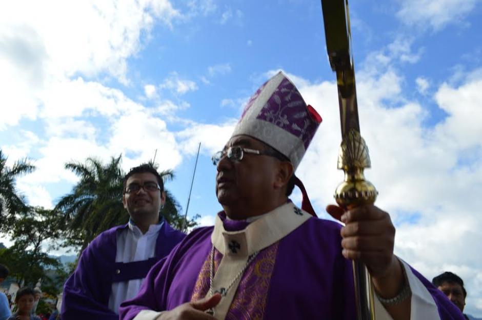 El Arzobispo Metropolitano Oscar Julio Vian Morales acudió a la peregrinación. (Foto: Marlon Villeda/Nuestro Diario)