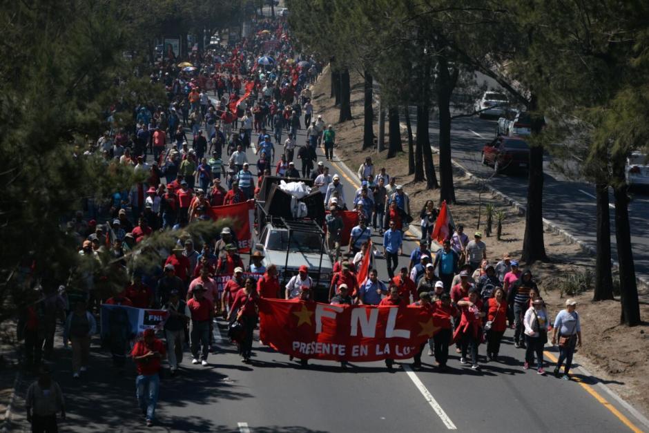 Desde la calzada Roosevelt hasta el Periférico el tráfico es complicado. (Foto: Wilder López/Soy502)