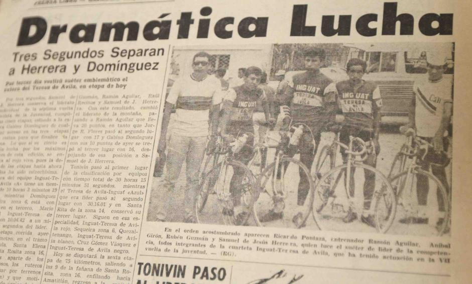 La familia guarda las publicaciones de los periódicos que notificaban de la victoria de Samuel de Jesús Herrera. (Foto: Dickens Zamora/Nuestro Diario)