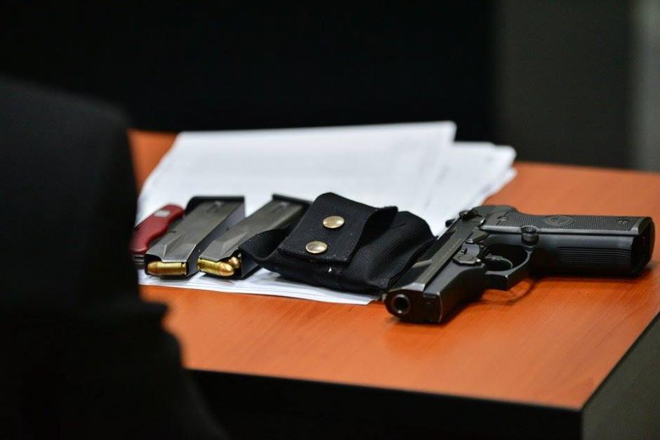 Estas son parte de las pruebas de lo que portaba el acusado. (Foto: Wilder López/Soy502)