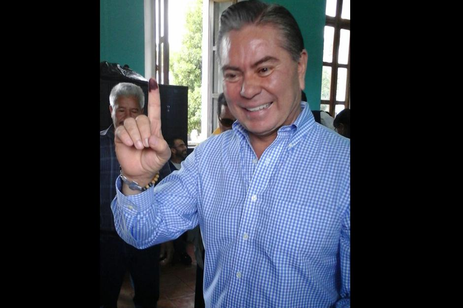 Candidato a la presidencia por el partido UCN, Mario Estrada.