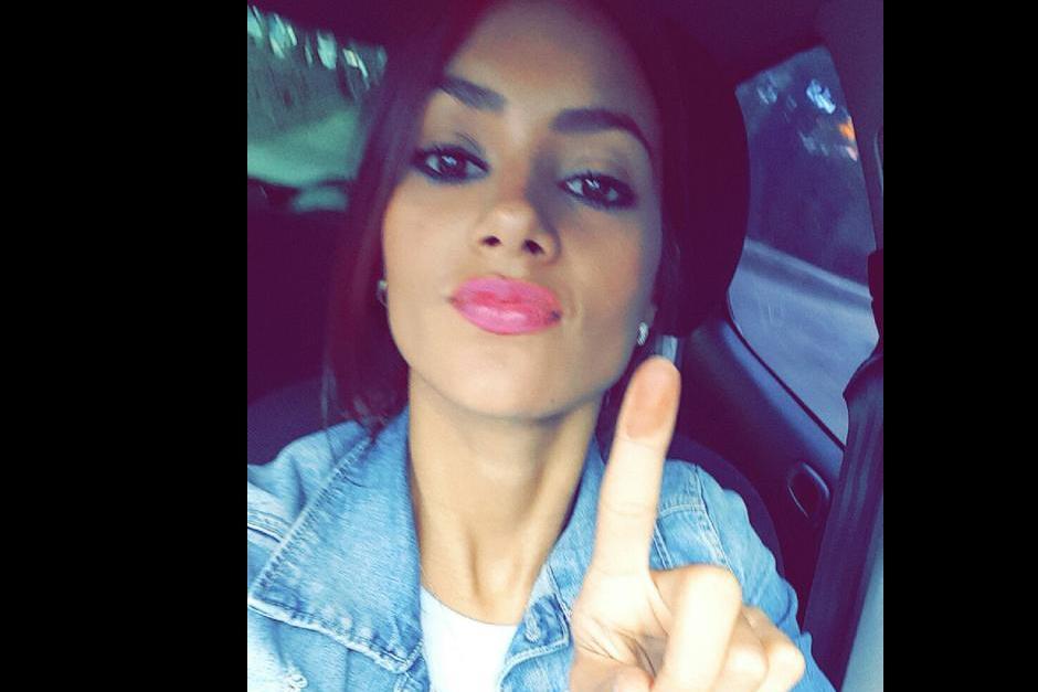 La ex Miss UniversoJessica Scheel publica en redes socailes su compromiso ciudadano.