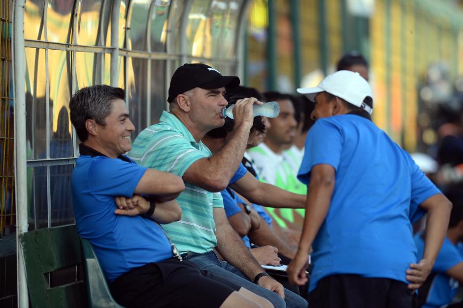 El argentino, Iván Franco Sopegno, volvió al banquillo de Comunicaciones tras un año y medio de haber estado en la Selección Nacional.(Foto: Nuestro Diario)