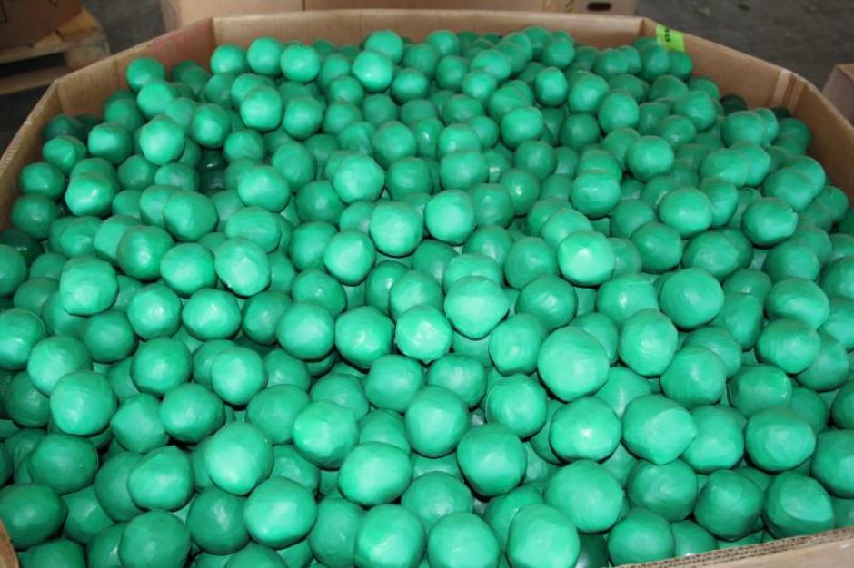 Al inspeccionar el cargamento, las autoridades notaron algo distinto en el producto. (Foto: U.S. Customs and Border Protection)