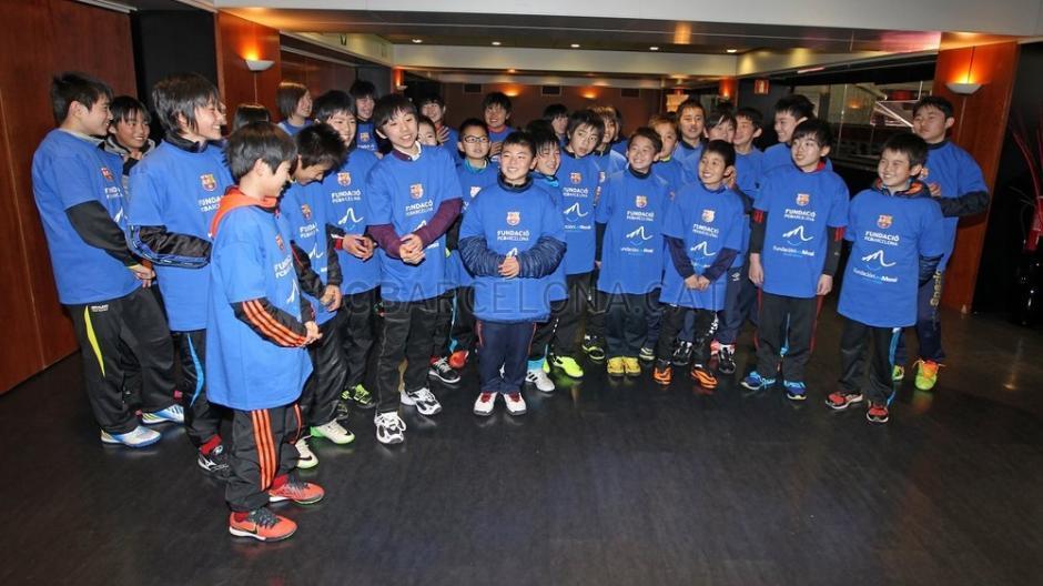 Unos 30 niños viajaron desde la provincia costera de Iwate gracias a la Fundación del FC Barcelona y la Fundación Leo Messi