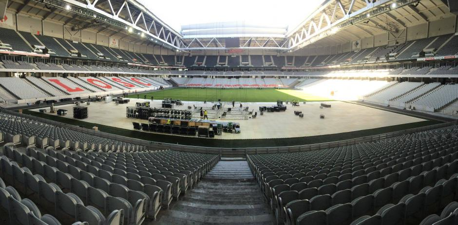 Cuenta con un techo retráctil que puede abrir o cerrar en 30 minutos. (Foto: Facebook/Stade Pierre Mauroy)