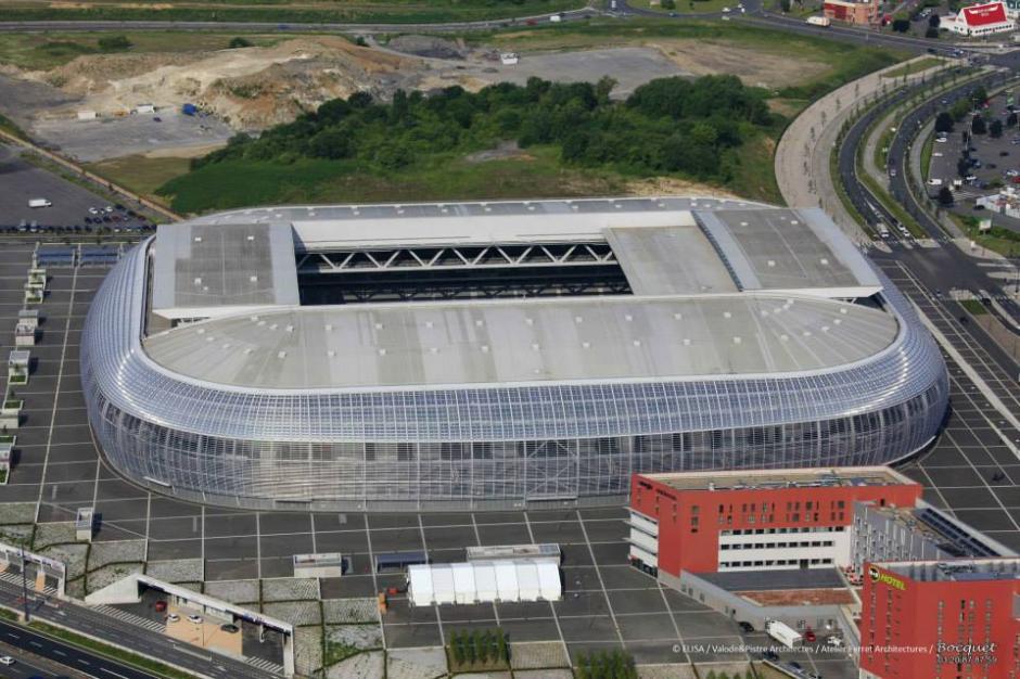 Su techo es retráctil y puede abrir o cerrar en 30 minutos. (Foto: Facebook/Stade Pierre Mauroy)